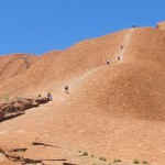 Uluru – To climb or not to climb?