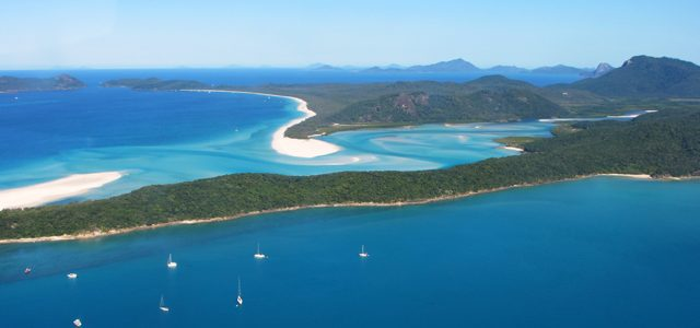 7 Ways to Save Money When Visiting the Whitsundays