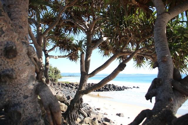 main-beach-byron-bay