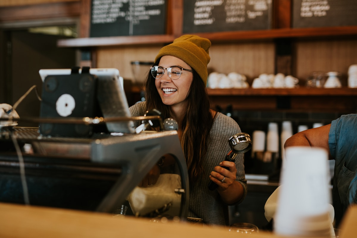 How to get hospitality jobs in Australia - The ultimate guide